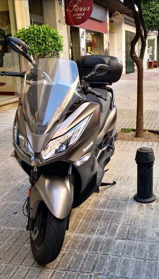 Kawasaki J125 ABS del año 2018.