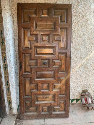 Puerta Entrada Castellana