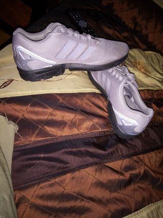 zapatos número 43