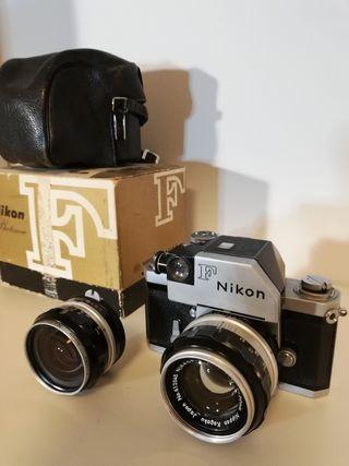 Conjunto cámara SLR Nikon F Photomic