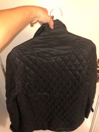 Chaqueta juvenil talla 16 negra
