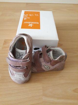 Zapato Biomecanic Rosa T21