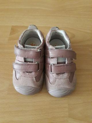 Zapato Biomecanic Rosa T20