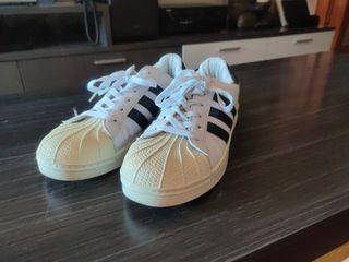 Adidas Superstar talla 43 hombre