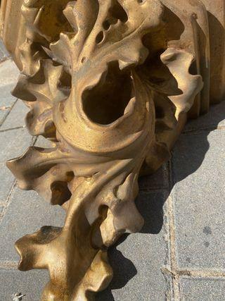 Peana mensula dorada antigua