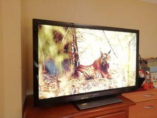 "TV Panasonic 42"" led"