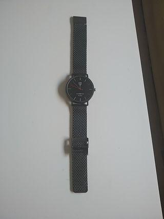 Reloj negro (Álvaro Moreno)