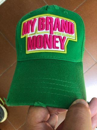 Gorra My Brand. Precio en tienda 65€