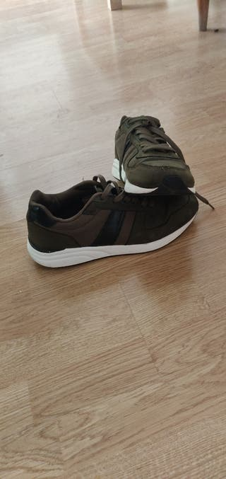 Se venden zapatillas