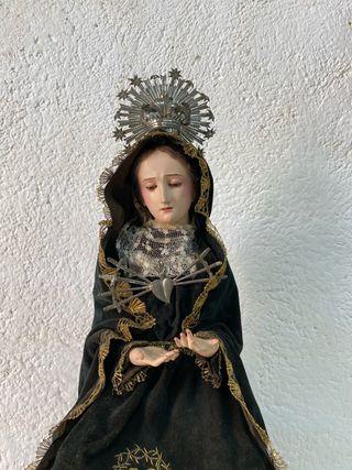 Virgen antigua madera cap i pota . Siglo 19