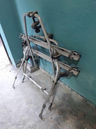 Porta bicicletas marca Thule en aluminio