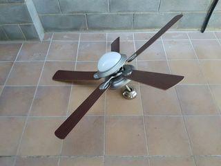 Ventilador de techo con aplique