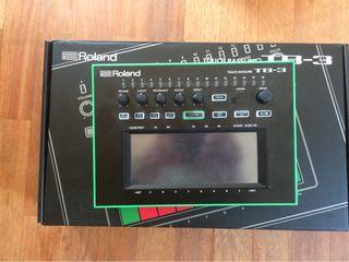 Sintetizador Roland TB-3
