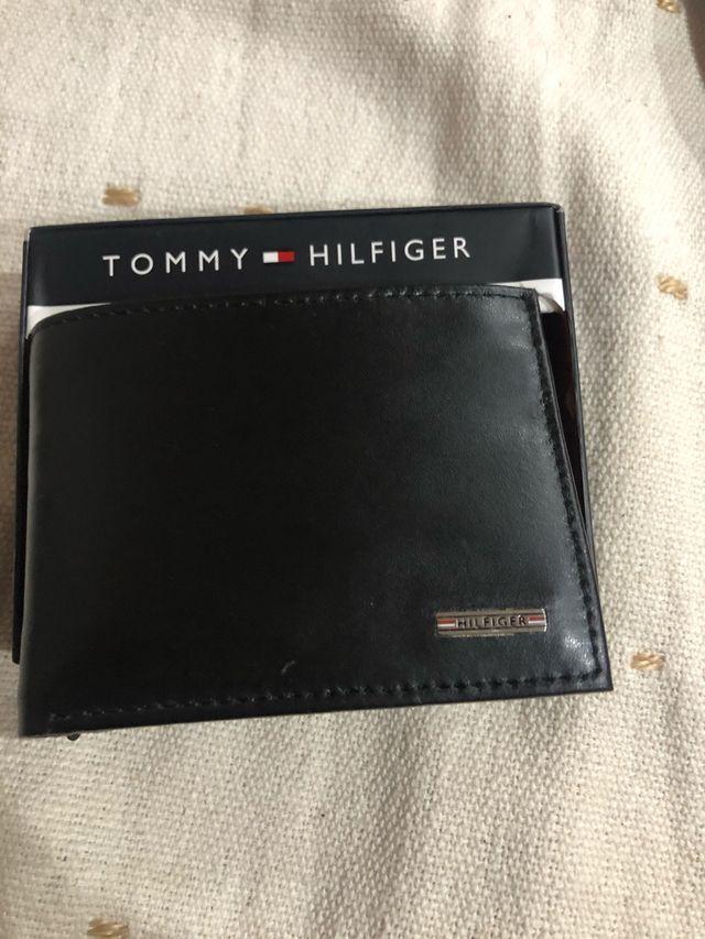 Cartera de piel TOMMY HILFIGER ( Nueva y original