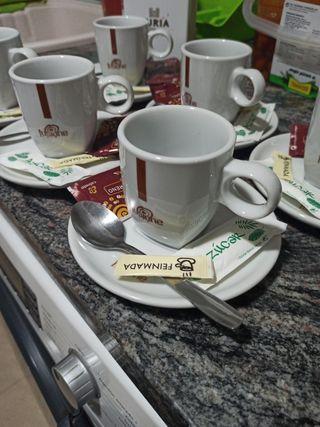 Juego de cafe con leche