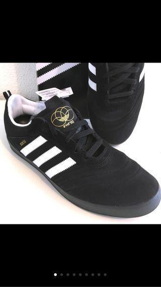 Zapatillas Adidas Suciu ADV hombre Nuevas 42 2/3