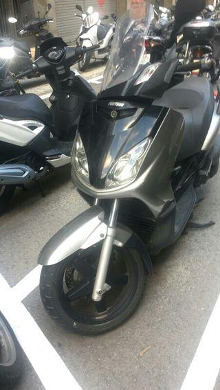 despiece Yamaha xmax 250 carburación