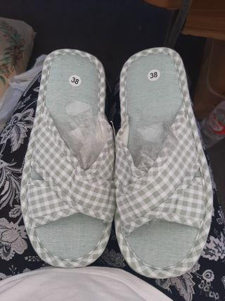 Zapatilla de verano