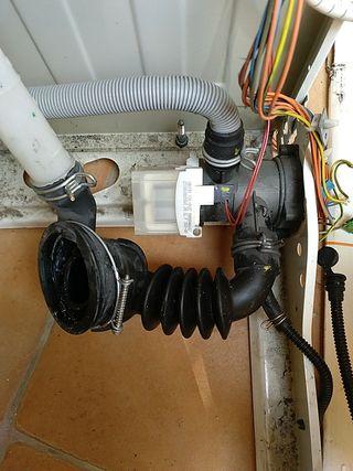 Bomba vaciado lavadora Bosch WAE24463EP