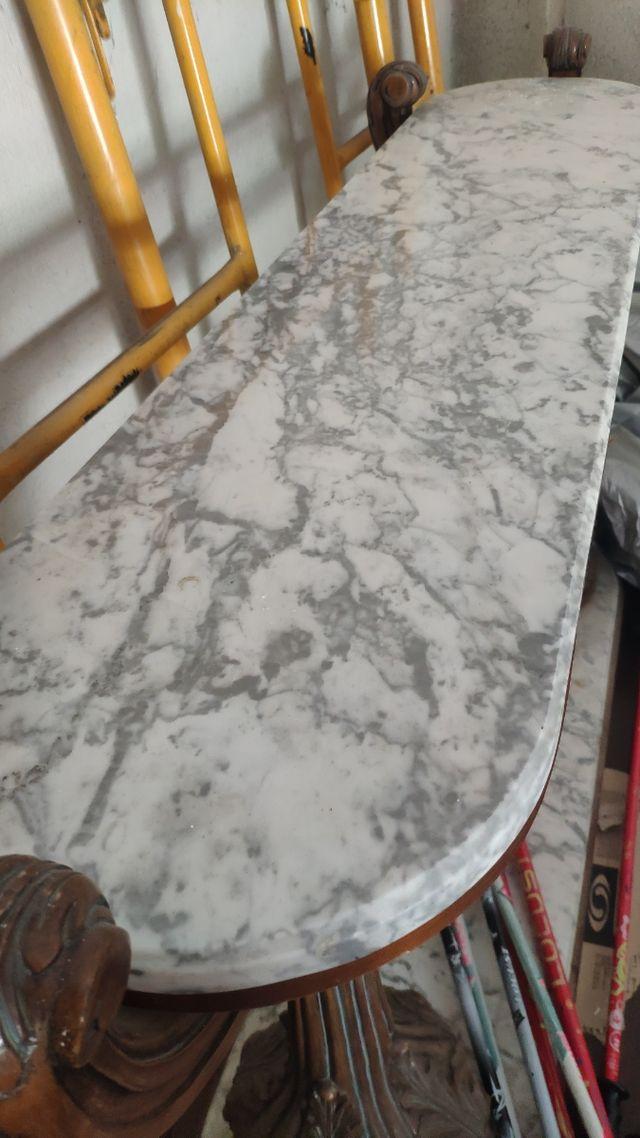 mueble recibidor mármol
