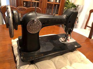 Máquina de coser Sigma modelo A-107-1