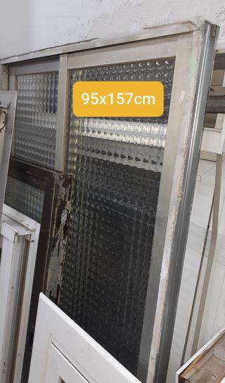 Ventana 95x157cm