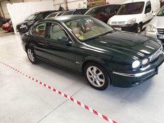 Jaguar X-Type 2.5 v6 196Cv