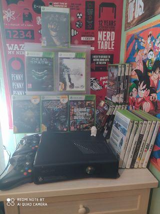 Xbox 360 prácticamente nueva