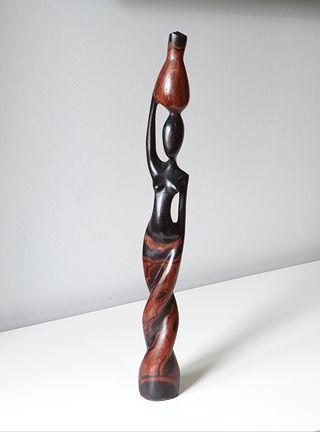 Figura Artesanal madera