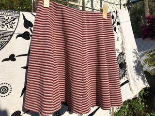 Falda blanco y rojo