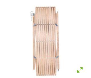 Puerta o valla plegable de madera para perros