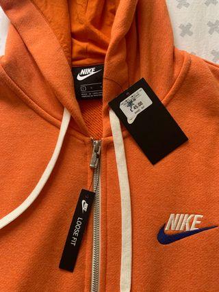 Chaqueta Nike colección vintage talla L