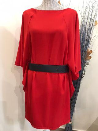 Vestido-blusa Rinascimento nuevo con etiqueta