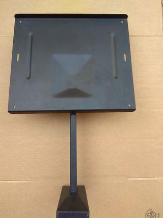 soporte pared para televisión o un monitor