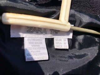Chaqueta de plumas Zara