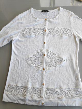 Conjunto camiseta y chaqueta Síntesis