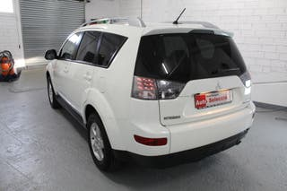 Mitsubishi Outlander 2009 4x2 impecable gasolina
