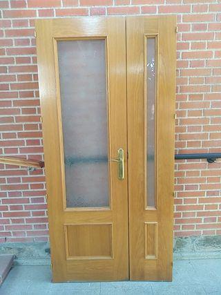 Puerta interior doble madera maciza