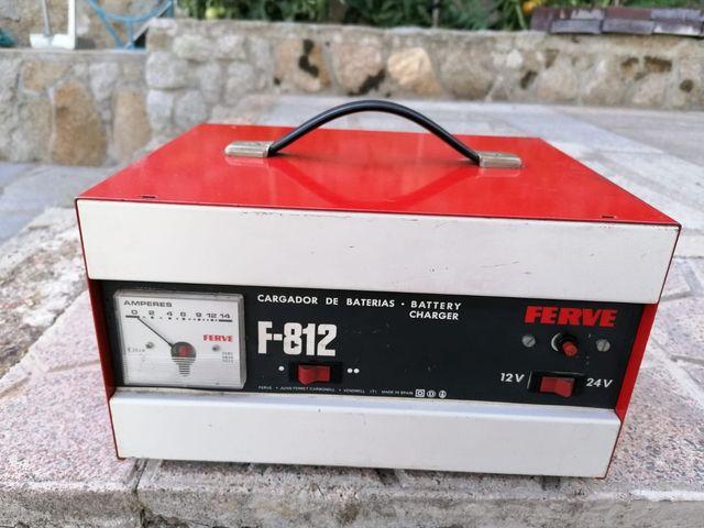 CARGADOR DE BATERÍA FERVE F812