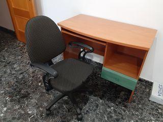 Conjunto mesa de estudio, silla y mesita