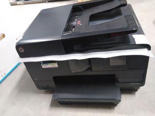 Impresora HP Officejet Pro 8615 averiada reparable