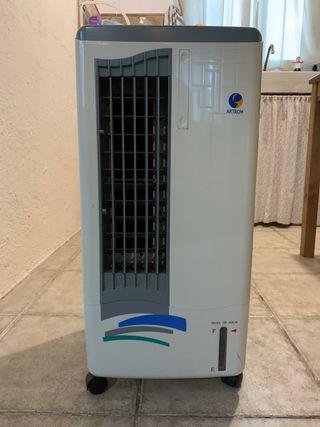 Ventilador evaporador (con agua o hielo)