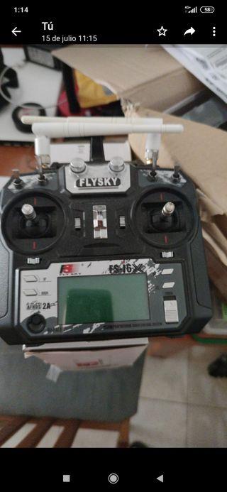 emisora rc flysky con 2 antenas más incorporadas