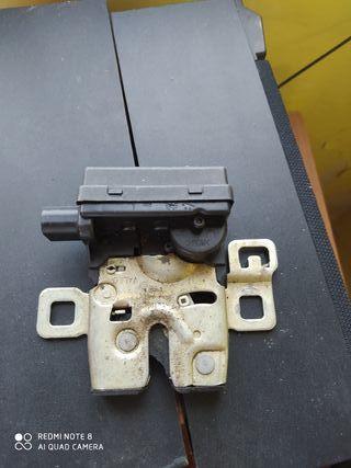 Cerradura maletero Mini R56