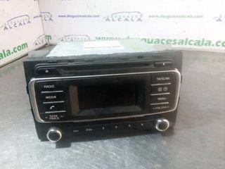 Sistema audio radio cd KIA RIO EMOTION Año 2005.
