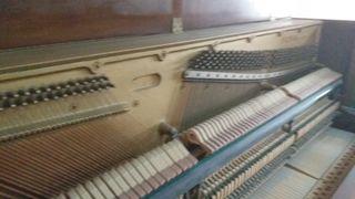 PIANO DE ESTUDIO. PARED.