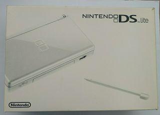 Nintendo DS Lite Blanca + Juegos
