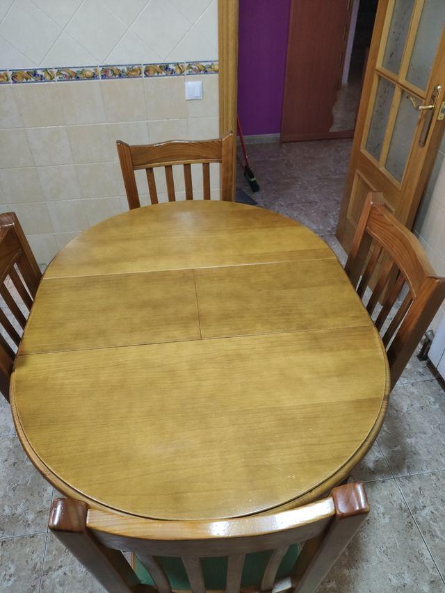 Mesa y 4 sillas cocina rustica