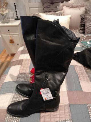 botas negras piel planas sin estrenar con cremalle