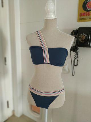 Bikini azul Rip Curl talla M.